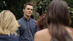 Steph Scully, Jack Callaghan, Susan Kennedy, Paige Novak in Neighbours Episode 7567