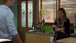 Mark Brennan, Sonya Mitchell in Neighbours Episode 7568