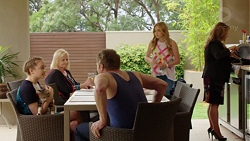 Piper Willis, Sheila Canning, Gary Canning, Xanthe Canning, Terese Willis in Neighbours Episode 7568
