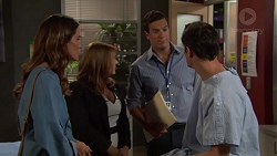 Elly Conway, Terese Willis, Dr Rob Carson, Finn Kelly in Neighbours Episode 7571
