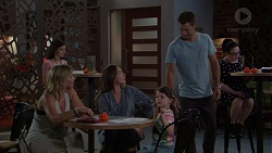 Steph Scully, Sonya Mitchell, Nell Rebecchi, Mark Brennan in Neighbours Episode 7572