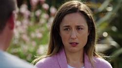 Sonya Rebecchi in Neighbours Episode 7573
