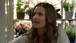 Amy Williams in Neighbours Episode 7574