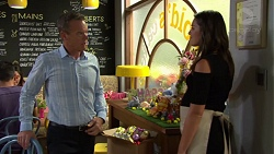 Paul Robinson, Paige Novak in Neighbours Episode 7574