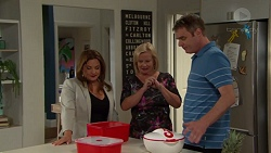 Terese Willis, Sheila Canning, Gary Canning in Neighbours Episode 7575