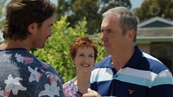 Brad Willis, Susan Kennedy, Karl Kennedy in Neighbours Episode 7575