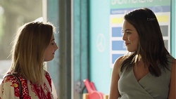 Piper Willis, Paige Novak in Neighbours Episode 7575