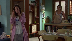 Sonya Rebecchi, Steph Scully in Neighbours Episode 7576
