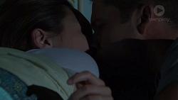 Sonya Rebecchi, Mark Brennan in Neighbours Episode 7576