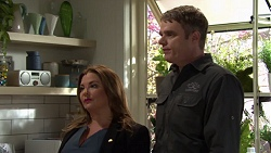 Terese Willis, Gary Canning in Neighbours Episode 7577