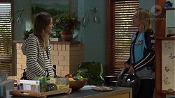 Sonya Rebecchi, Steph Scully in Neighbours Episode 7577