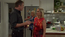 Gary Canning, Sheila Canning, Brooke Butler in Neighbours Episode 7579