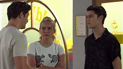 Finn Kelly, Xanthe Canning, Ben Kirk in Neighbours Episode 7582