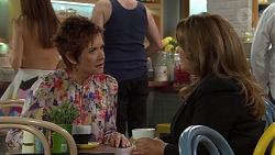 Susan Kennedy, Gary Canning, Terese Willis in Neighbours Episode 7583
