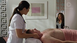 Alexis Little, Gary Canning, Terese Willis in Neighbours Episode 7583