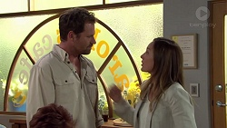 Shane Rebecchi, Sonya Mitchell in Neighbours Episode 7584