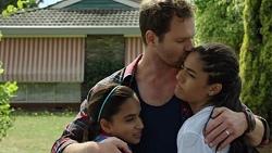 Kirsha Rebecchi, Shane Rebecchi, Yashvi Rebecchi in Neighbours Episode 7586
