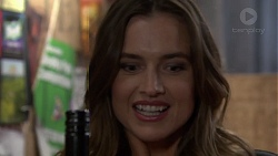 Amy Williams in Neighbours Episode 7586