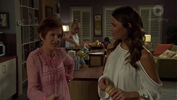 Susan Kennedy, Xanthe Canning, Elly Conway in Neighbours Episode 7588