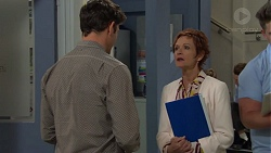 Finn Kelly, Susan Kennedy in Neighbours Episode 7589