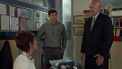 Susan Kennedy, Finn Kelly, Trent Edwards in Neighbours Episode 7589