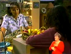 Pam Willis, Gaby Willis in Neighbours Episode 2108