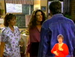 Pam Willis, Gaby Willis, Doug Willis in Neighbours Episode 2108