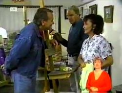 Doug Willis, Tom Weaver, Pam Willis in Neighbours Episode 2108