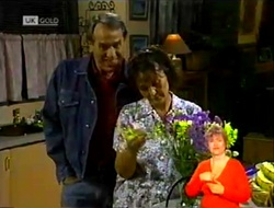 Doug Willis, Pam Willis in Neighbours Episode 2108