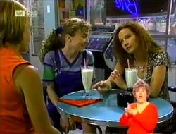 Danni Stark, Debbie Martin, Cody Willis in Neighbours Episode 2109