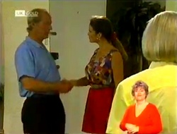Len Mangel, Julie Robinson, Helen Daniels in Neighbours Episode 2109
