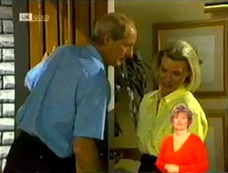 Len Mangel, Helen Daniels in Neighbours Episode 2109