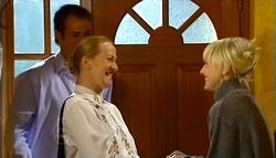 Stuart Parker, Raylene Combes, Sindi Watts in Neighbours Episode 4759