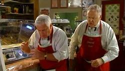 Lou Carpenter, Harold Bishop in Neighbours Episode 4759