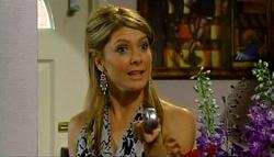 Izzy Hoyland in Neighbours Episode 4937