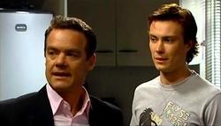 Paul Robinson, Robert Robinson in Neighbours Episode 4937