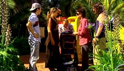 Stingray Timmins, Steph Scully, Max Hoyland, Lyn Scully, Dylan Timmins in Neighbours Episode 4939