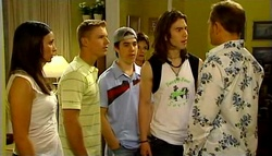 Sasha Hennessy, Boyd Hoyland, Stingray Timmins, Lyn Scully, Dylan Timmins, Max Hoyland in Neighbours Episode 4939