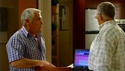 Lou Carpenter, Harold Bishop in Neighbours Episode 4942