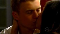 Boyd Hoyland, Sasha Hennessy in Neighbours Episode 4942