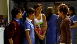Zeke Kinski, Rachel Kinski, Katya Kinski, Susan Kennedy in Neighbours Episode 4943