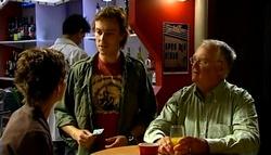 Susan Kennedy, Robert Robinson, Harold Bishop in Neighbours Episode 4943