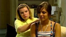 Bree Timmins, Rachel Kinski in Neighbours Episode 4961