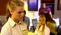 Elle Robinson, Sky Mangel in Neighbours Episode 4971