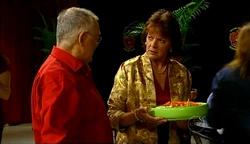 Harold Bishop, Mishka Schneiderova in Neighbours Episode 4971