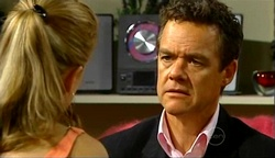 Elle Robinson, Paul Robinson in Neighbours Episode 4972