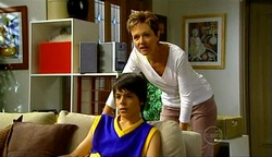 Zeke Kinski, Susan Kennedy in Neighbours Episode 4972