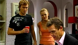 Robert Robinson, Elle Robinson, Paul Robinson in Neighbours Episode 4972