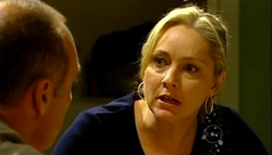 Kim Timmins, Janelle Timmins in Neighbours Episode 4973