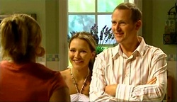 Janelle Timmins, Steph Scully, Max Hoyland in Neighbours Episode 4974